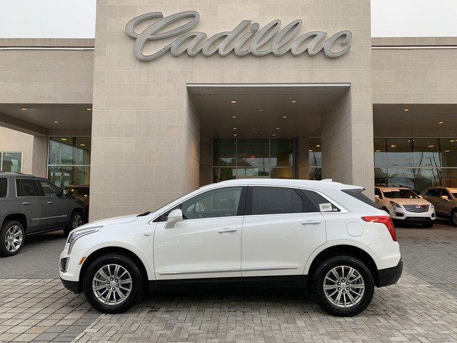 New 2019 Cadillac XT5 Luxury FWD