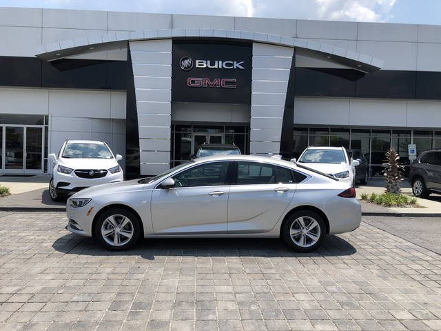 New 2018 Buick Regal Sportback Base Hatchback In B2244 Baker