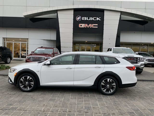 New 2019 Buick Regal Tourx Essence Station Wagon In B2353 Baker