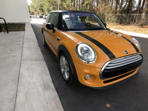 Pre-Owned 2015 MINI Cooper Hardtop 2dr HB